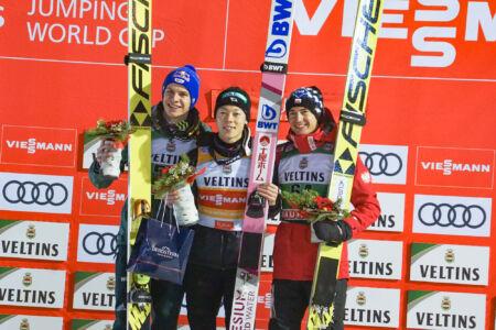 WC Ruka 2018 - Podium 1. Ryōyū Kobayashi, 2. Andreas Wellinger, 3. Kamil Stoch