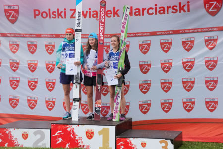 FIS CUP Szczyrk 2016 - Podium: 1. Kinga Rajda, 2. Henriette Kraus, 3. Natasha Bodnarchuk